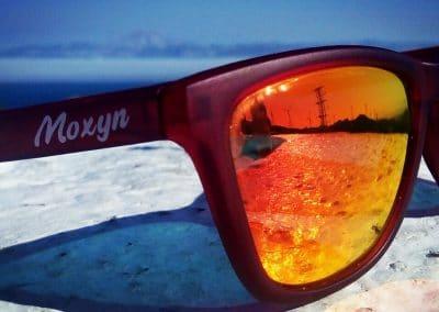 Gafas de sol polarizadas color rojo lente espejada roja playairador de tarifa